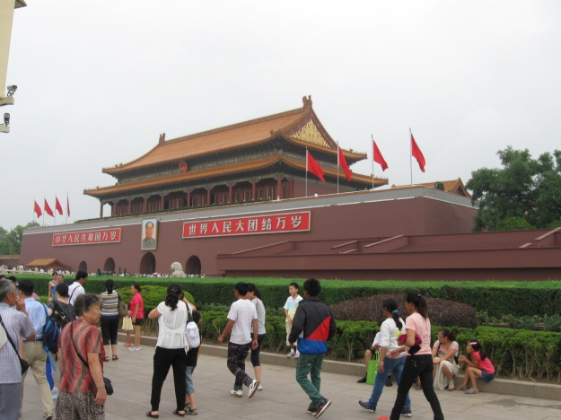 My first (and only) memory of the Forbidden City actually involves 6-year-old me getting lost and wandering into a guarded area, getting shouted at by the guards, and then running back to my mom. So revisiting the place was nice.